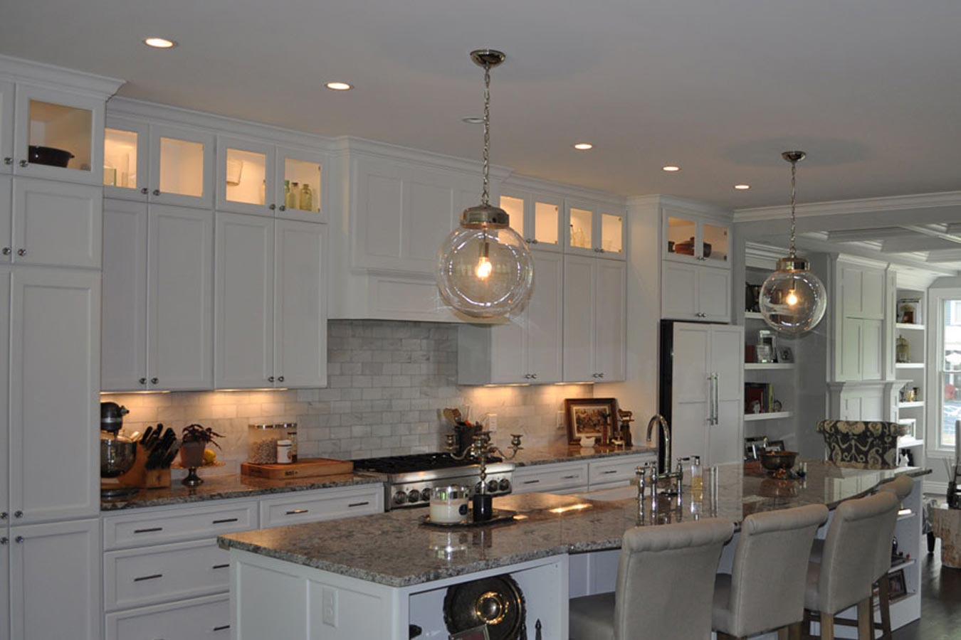 Custom Kitchen Interiors